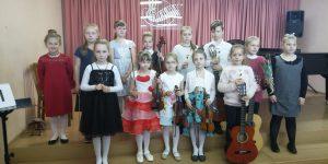 """I-ojo respublikinio styginio instrumentų konkurso """"Andantino"""" laureatė"""